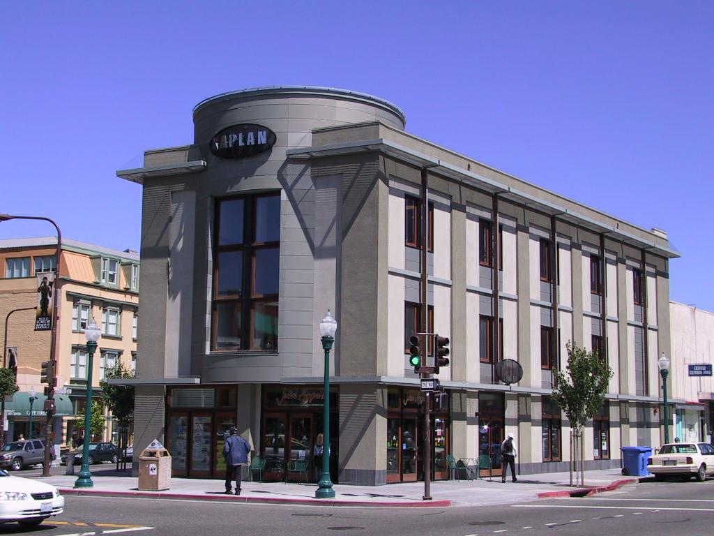 Side view Berkeley Center.png